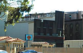Warner Brothers Vip Tour Parking